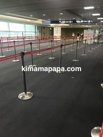 ソウル、仁川(インチョン)空港の入国審査場