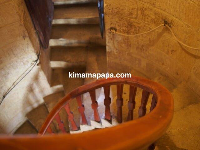 ゴゾ島、タ・コーラ風車の階段