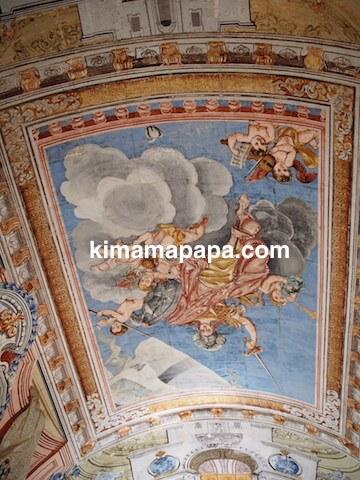 ヴァレッタ、国立考古学博物館の入り口天井