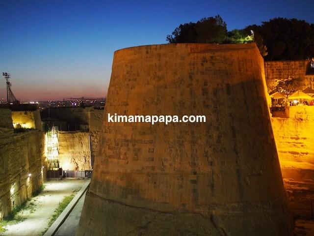 ヴァレッタ・シティ・ゲート付近の城壁